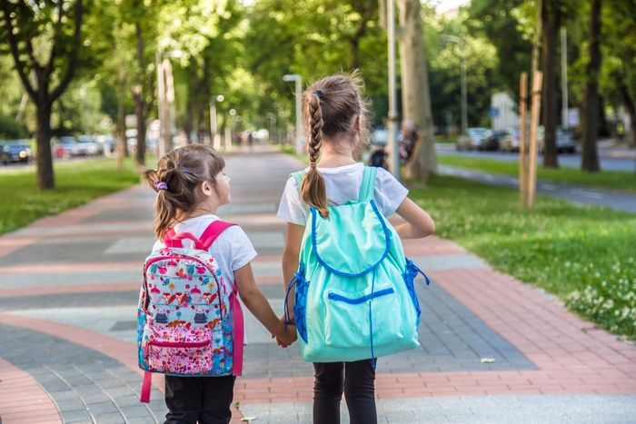 Your Child and Safety: On the way to school, with confidence