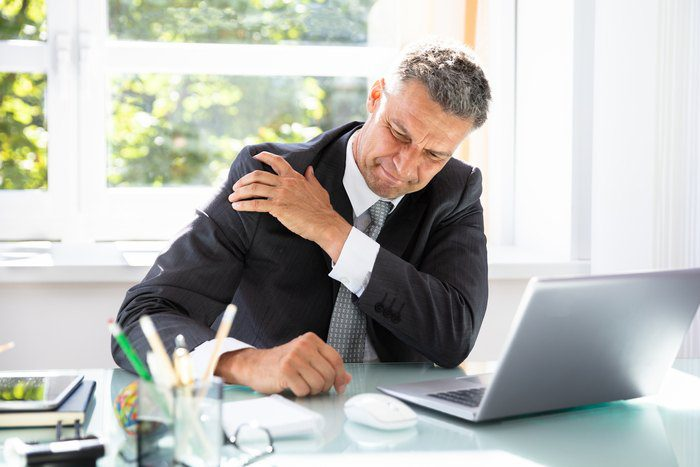 The problems of the aging shoulder